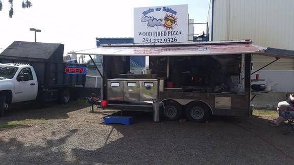 Rain Or Shine Woodfire Pizza Pizza Restaurants Tacoma